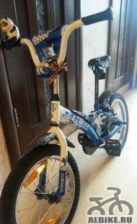 Детский велосипед трек. Диаметр колес 16. бу