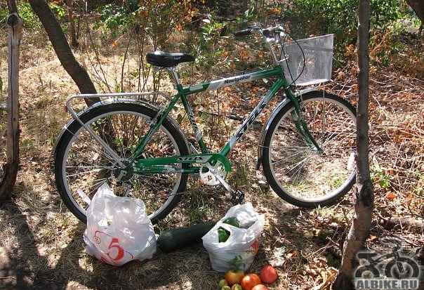 Для взрослого уверенно держит дорогу велосипед сте