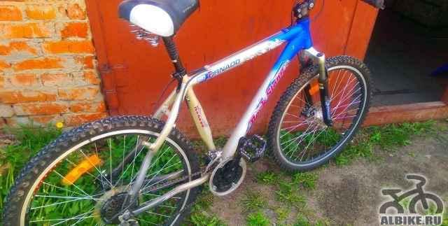 Горный велосипед с алюминиевой рамой