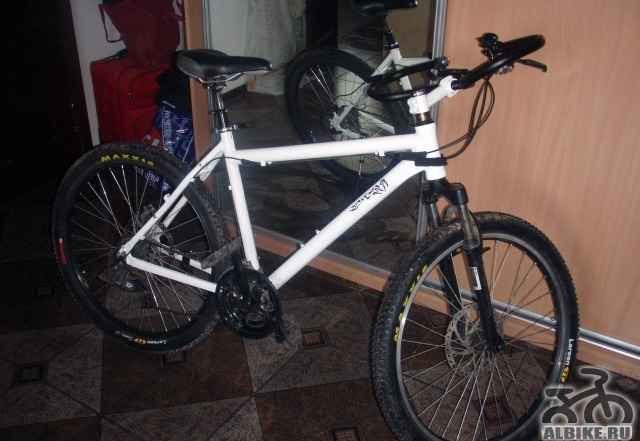 Велосипед горный Univega смазан, откалиброван, гот