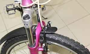 Женский велосипед Стелс Miss 7500