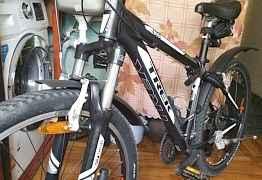 Велосипед трек 4300