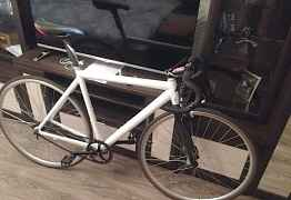 Велосипед шоссейный, дорожный