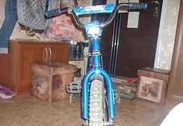 Детский велосипед 4 колёсный б/у