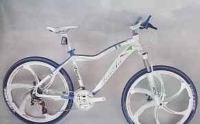 Велосипед БМВ de4 на литых дисках