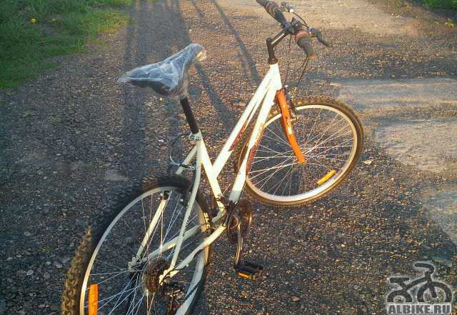 Срочно продам новый горный и дорожный велосипед