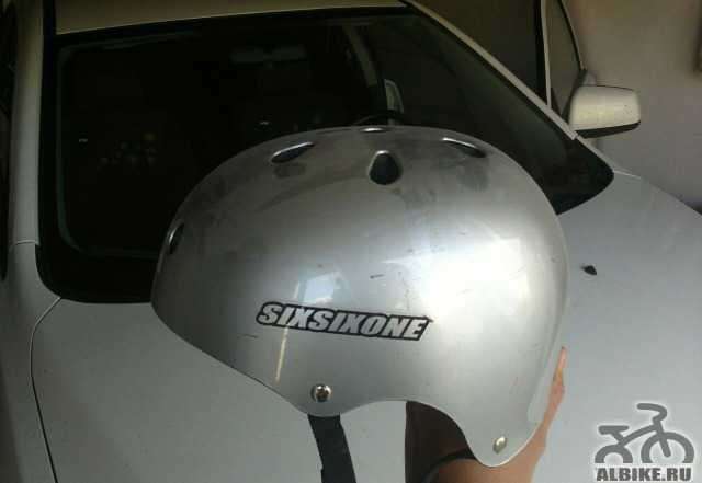 Шлем велосипедный sixsixone