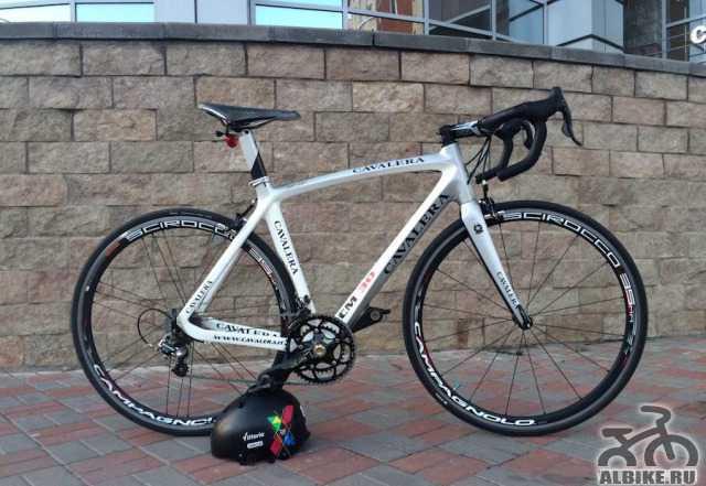 Шоссейный карбоновый велосипед Cavalera CM30