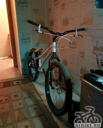 Велосипед для трюков (стрита и триала)