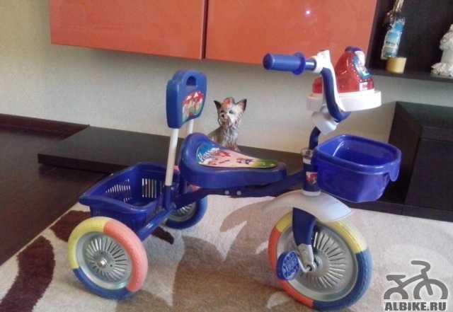 Детский велосипед 3х колёсный