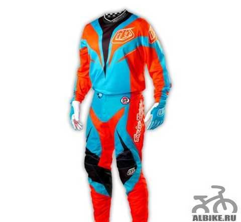 Продаю костюм TLD Трой Lee Designs как новый