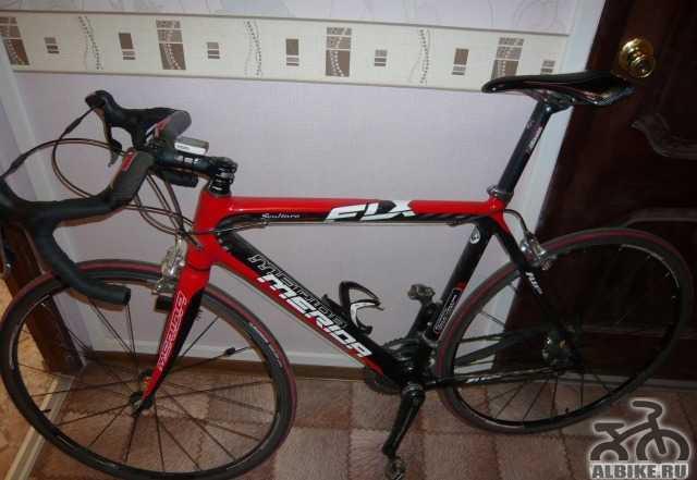 Карбоновый шоссейный велосипед Merida Scultura 907