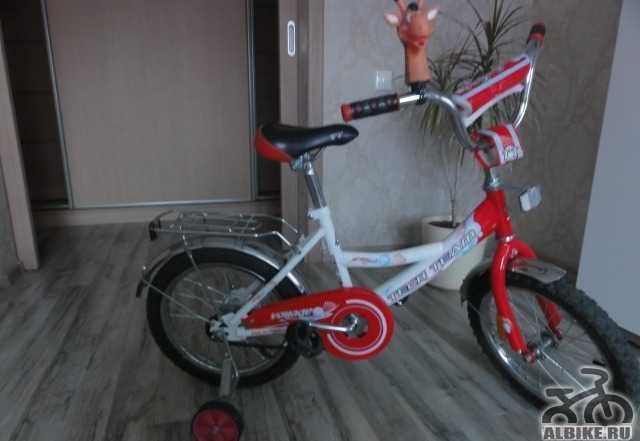 Велосипед детский на 4-7лет