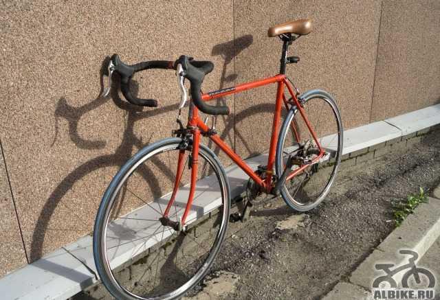 Шоссейный/туринговый велосипед на ретро раме