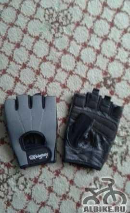 Велоперчатки Stingrey