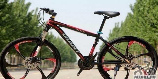 Универсальный велосипед giant для езды