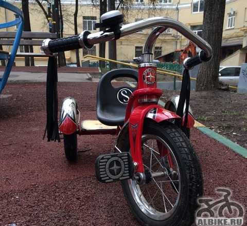 Велосипед детский Schwinn Родстер Trike