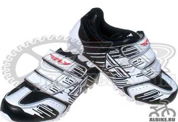 Велосипедные ботинки с контактной подошвой