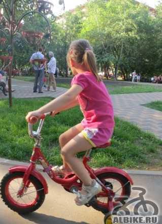 Детский велосипед (на 3-4 года)