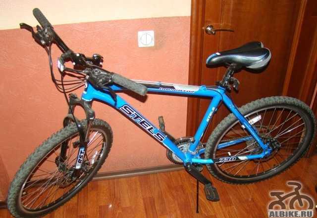 Отличный новый горный велосипед