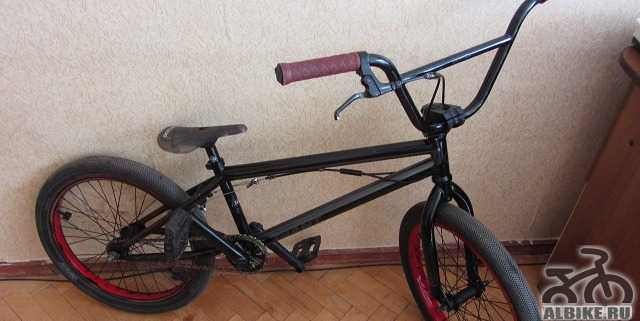 Продам BMX Giant Modem (2012), рама 20