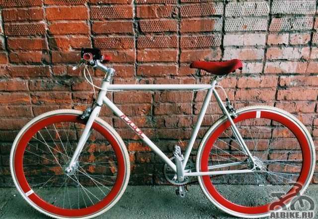 Шоссейный велосипед MBM nuda fixgear