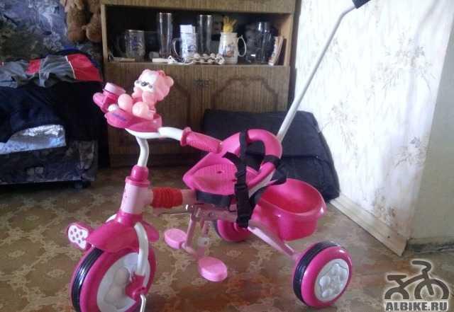 Детский трехколесный велосипед (розовый)