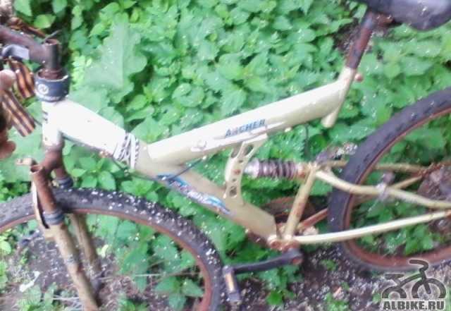 Велосипед надо приложить руки