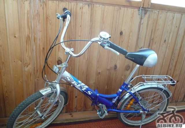 Продам велосипед стелс 5 скоростей. цвет синий