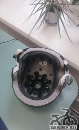 Черный BMX Шлем Fuse Protection (XS)