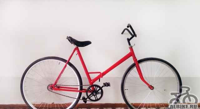 "Ретро-велосипед салют. ""красная стрела"""
