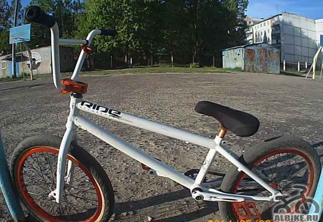 Очень лёгкий и прочный BMX